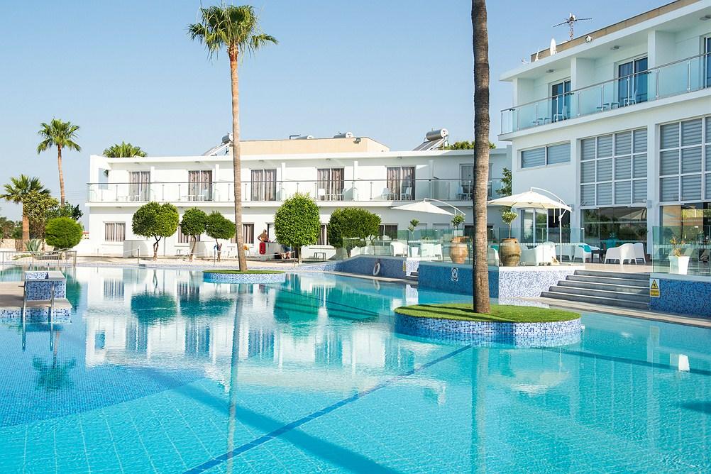 Ciprus 2020 - Dél-Ciprusi üdülés Budapestről - Fedrania Gardens Hotel