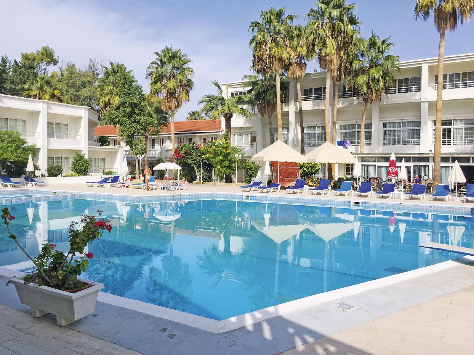 Ciprus 2020 - Észak-Ciprusi üdülés Budapestről - L.A. Beach Resort