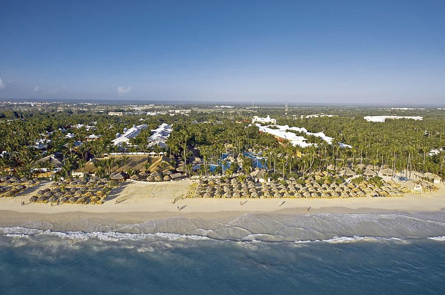 http://cdn.budavartours.hu/binaries/content/gallery/budavar/locations/accomodations/Dominikai+K%C3%B6zt%C3%A1rsas%C3%A1g/Punta+Cana/Iberostar+Punta+Cana+Hotel/ib-pc-4.jpg