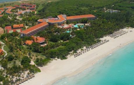 http://cdn.budavartours.hu/binaries/content/gallery/budavar/locations/accomodations/Kuba/Varadero/Brisas+del+Caribe+Hotel/brisas-del-caribe-tavoli.jpg