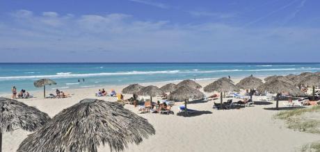 http://cdn.budavartours.hu/binaries/content/gallery/budavar/locations/accomodations/Kuba/Varadero/sol-sirenas-coral-hotel-4-csillag/sol-sirenas-part.jpg