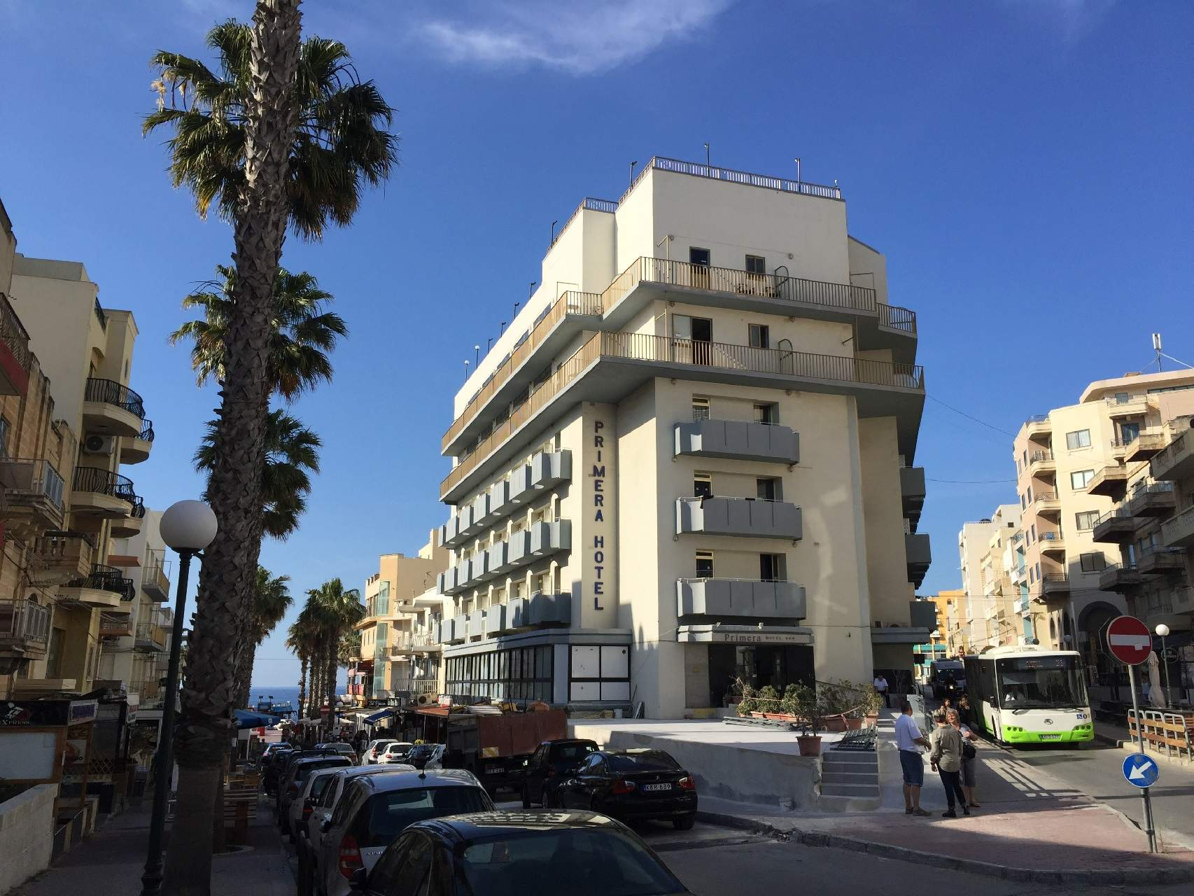 http://cdn.budavartours.hu/binaries/content/gallery/budavar/locations/accomodations/malta/bugibba/primera-hotel/primera-hotel-malta-bugibba11.jpg
